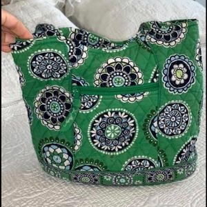 Vera Bradley Green Cup Cake quilted tote bag